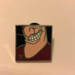 Disney Captain Hook Villain Chin Pin